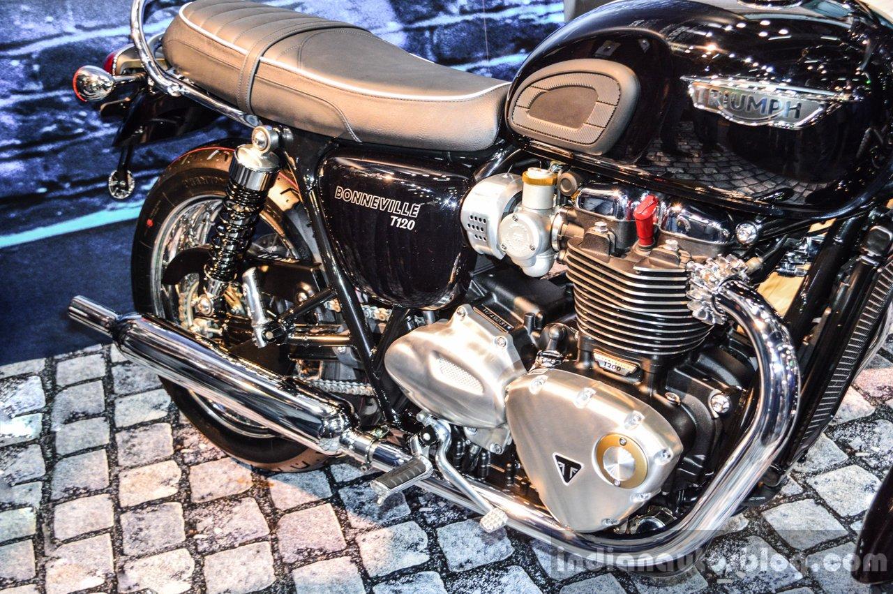 Triumph Bonneville T120 Black Parallel Twin Engine At Auto Expo 2016