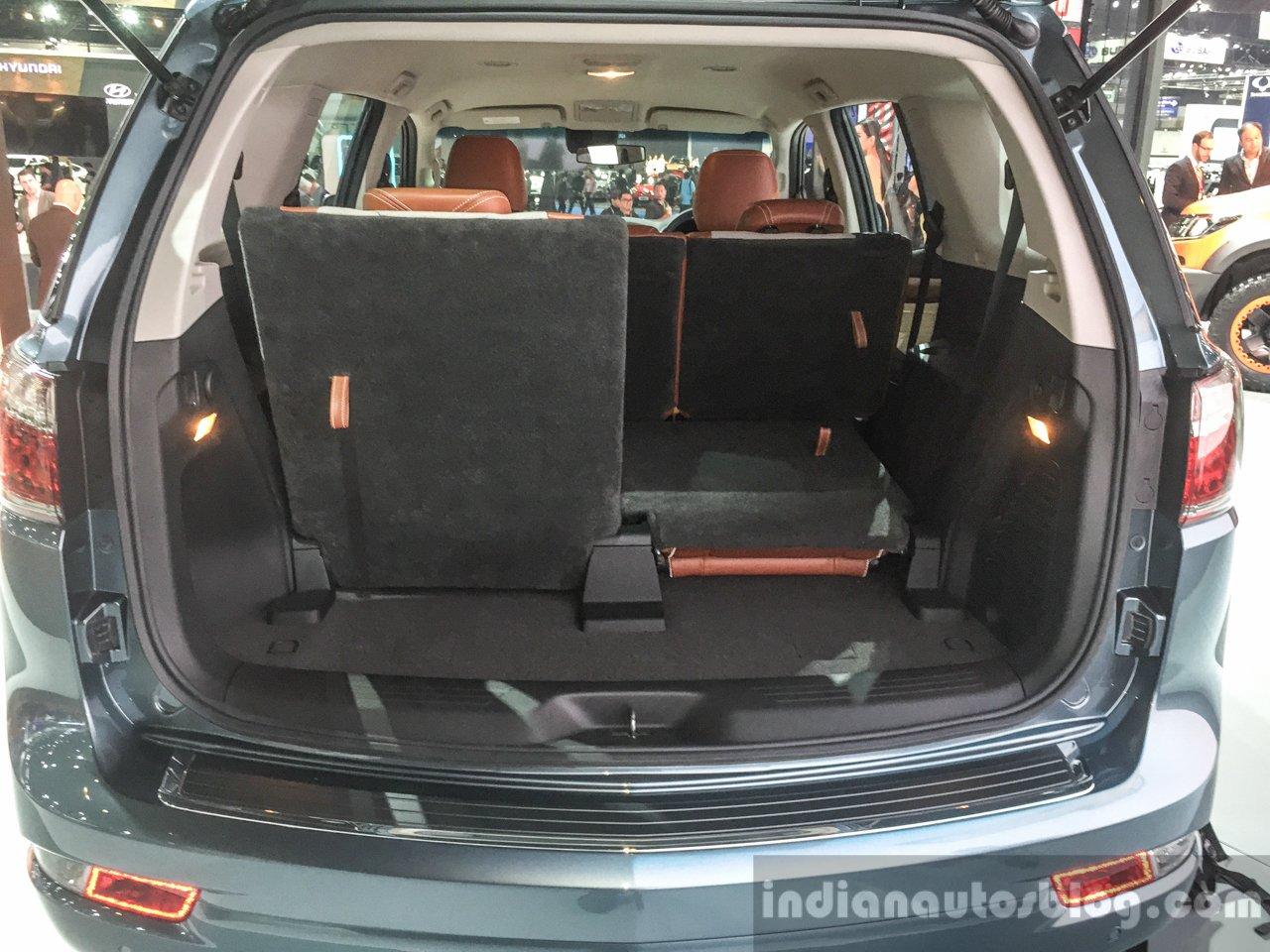 2016 Chevrolet Trailblazer Premier (facelift) boot space at 2016 BIMS