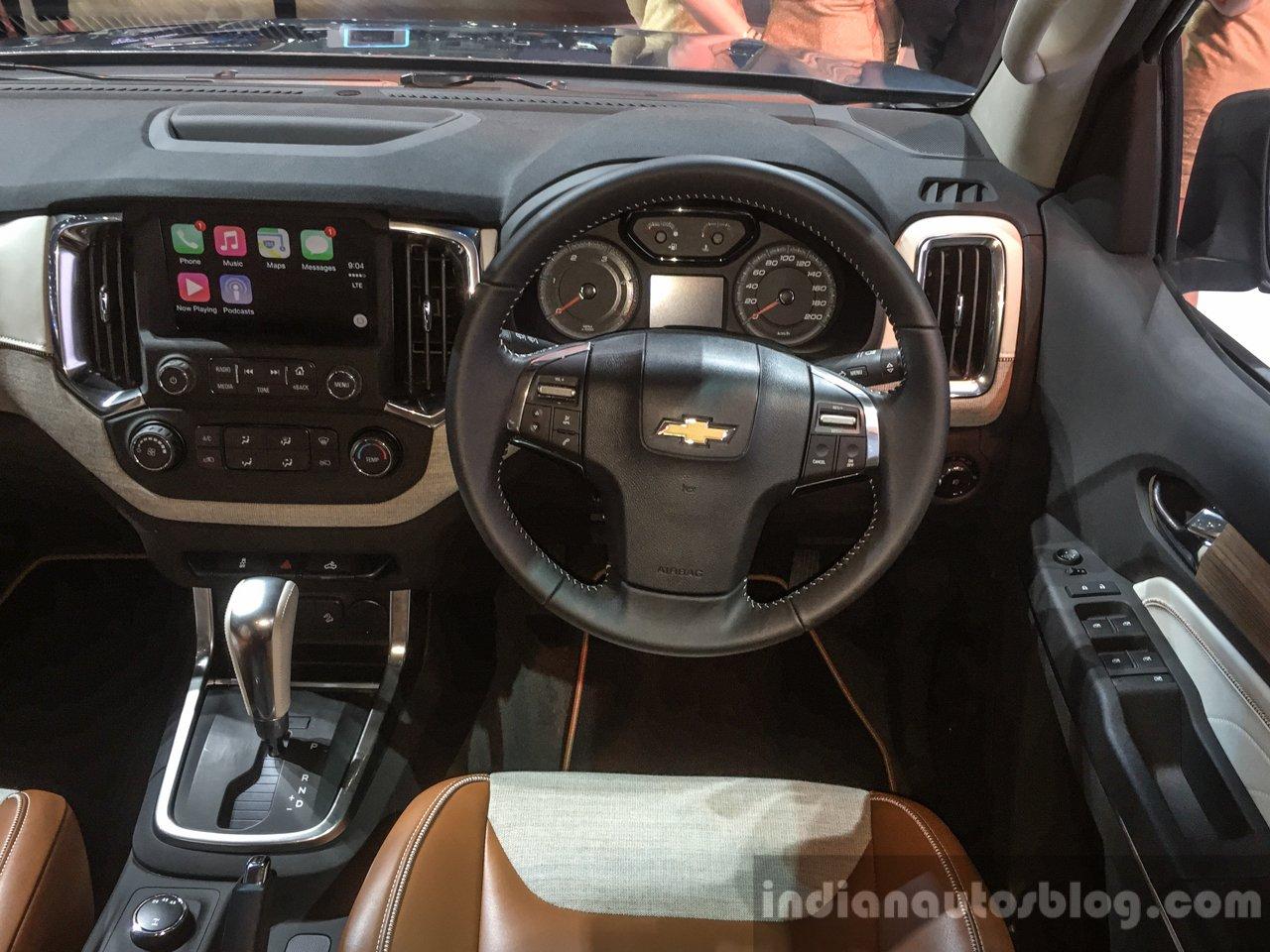 2016 Chevrolet Trailblazer Premier (facelift) steering at 2016 BIMS