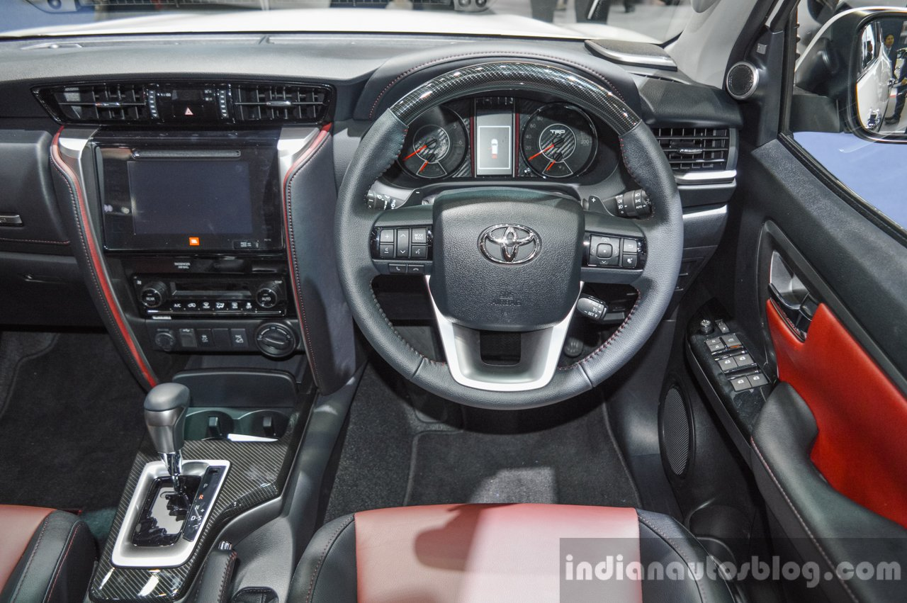 2016 Toyota Fortuner TRD Sportivo steering at 2016 BIMS