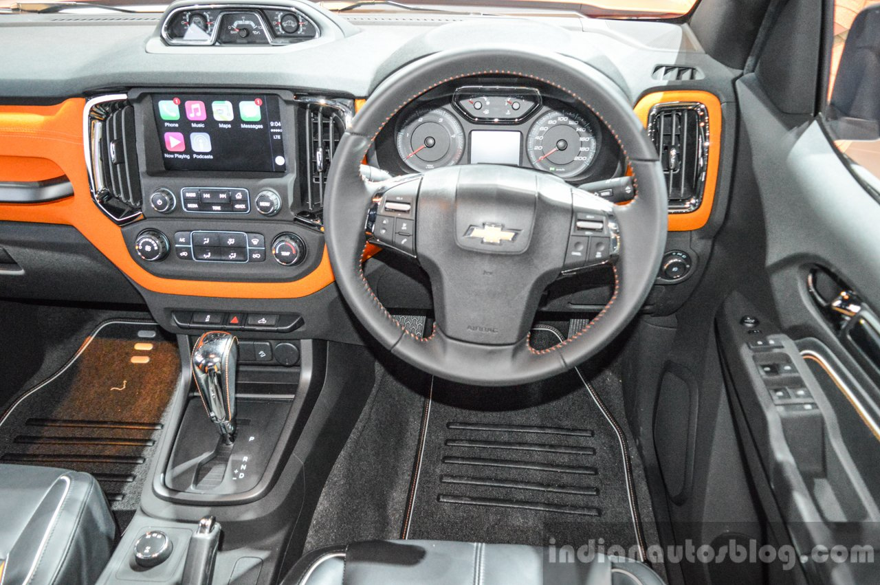 Chevrolet Colorado Xtreme steering at 2016 BIMS