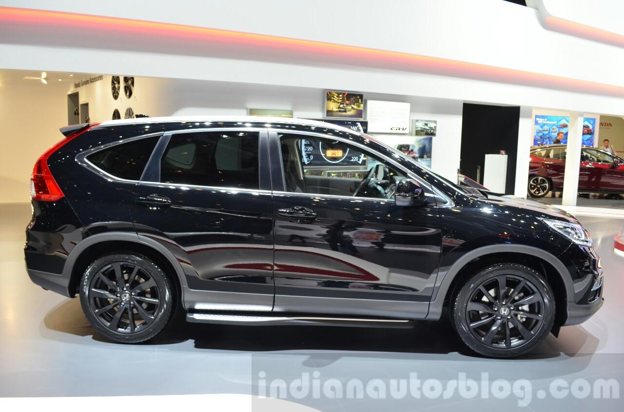 Honda CR-V Black edition side at GIMS 2016