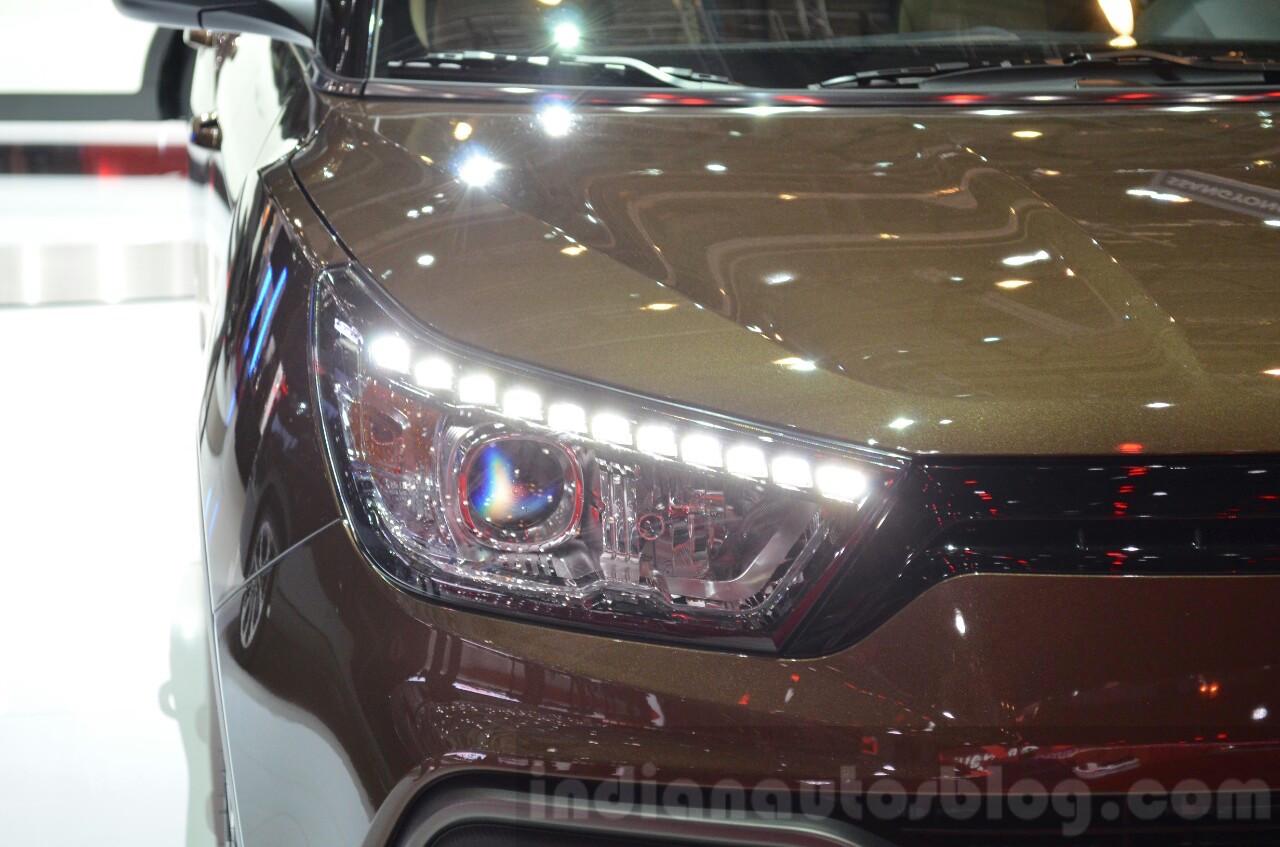 Ssangyong XLV headlamp at Geneva Motor Show 2016