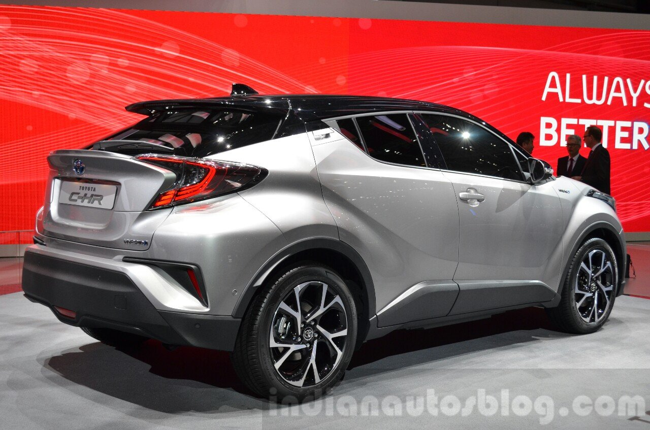 Toyota C-HR rear quarter at 2016 Geneva Motor Show