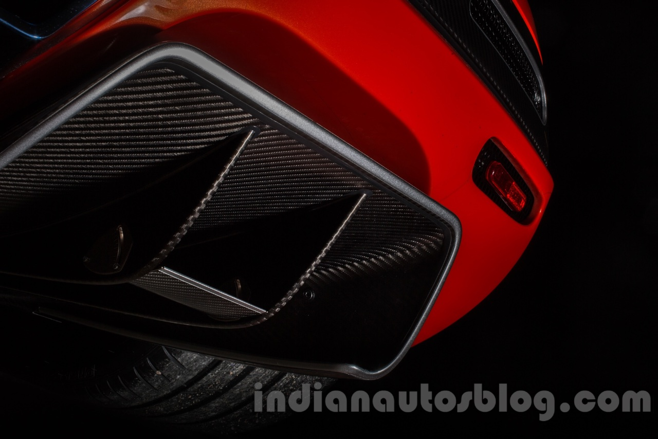 koenigsegg-agera-one-of-1-clear-carbon-fiber-diffuser