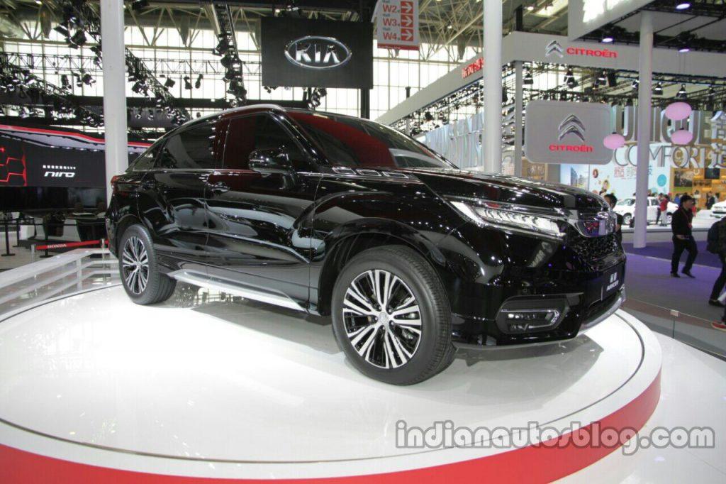 Honda Avancier front quarter at Auto China 2016