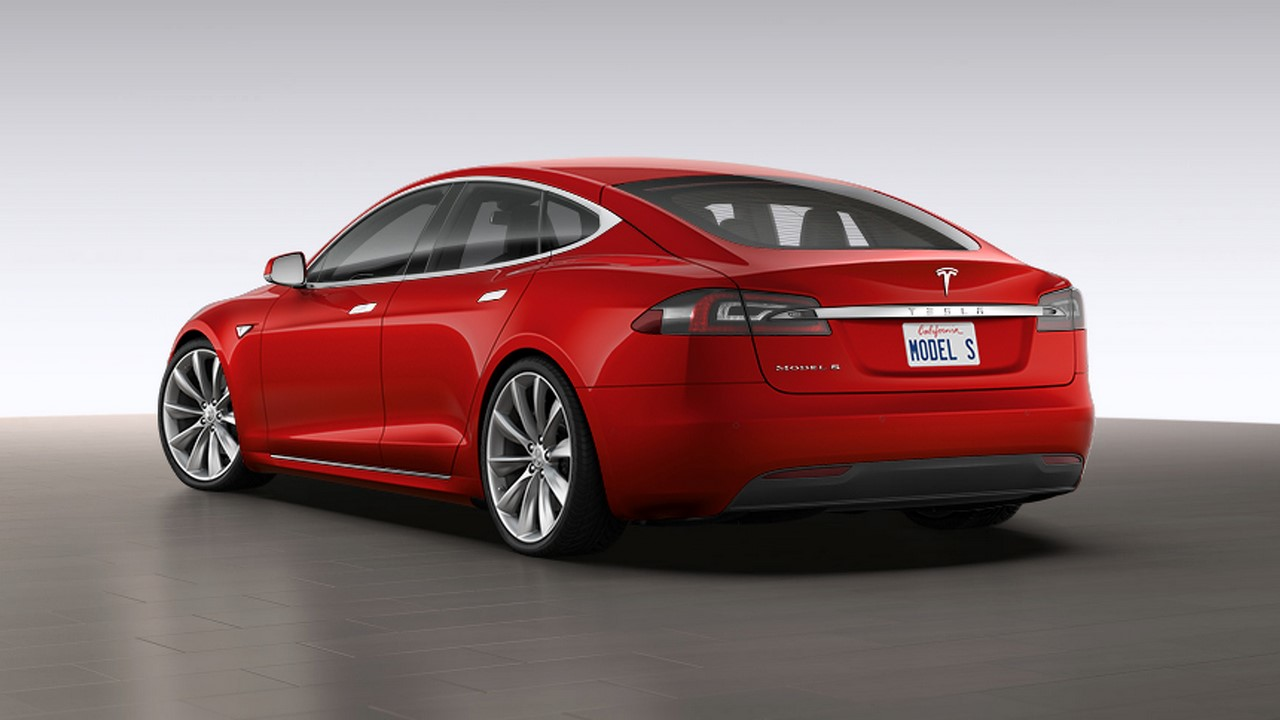 New Tesla Model S (facelift) rear three quarters