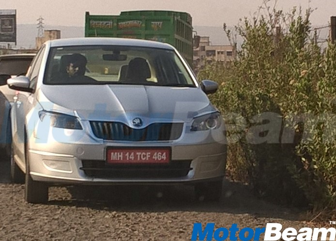 2016 Skoda Rapid facelift front India spied