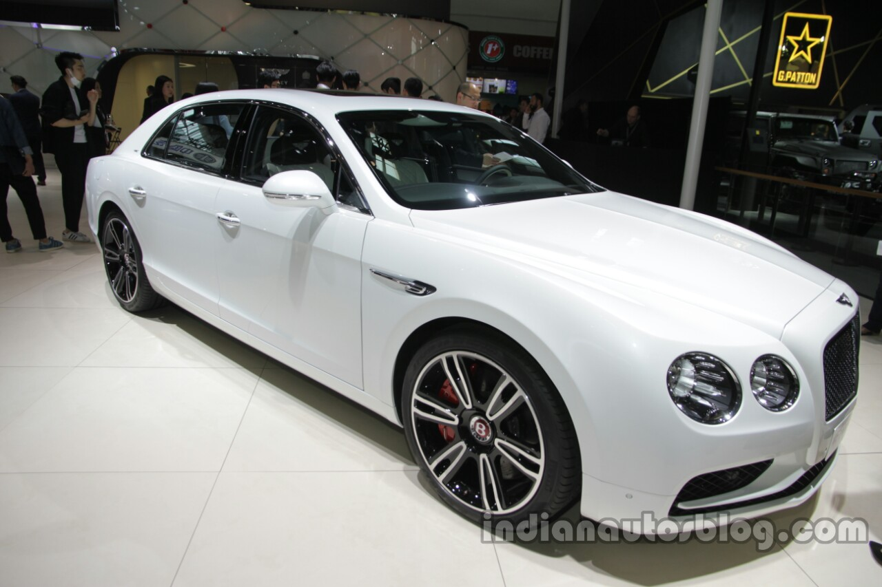 Bentley Flying Spur V8 S front three quarters at Auto China 2016
