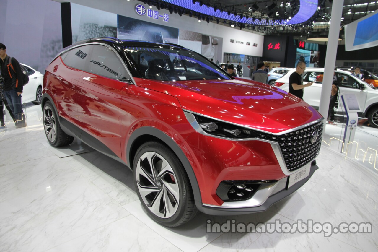 FAW X6 Concept front three quarters right side at Auto China 2016