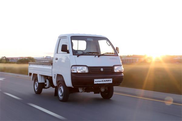 (Maruti) Suzuki Super Carry front quarter press shot