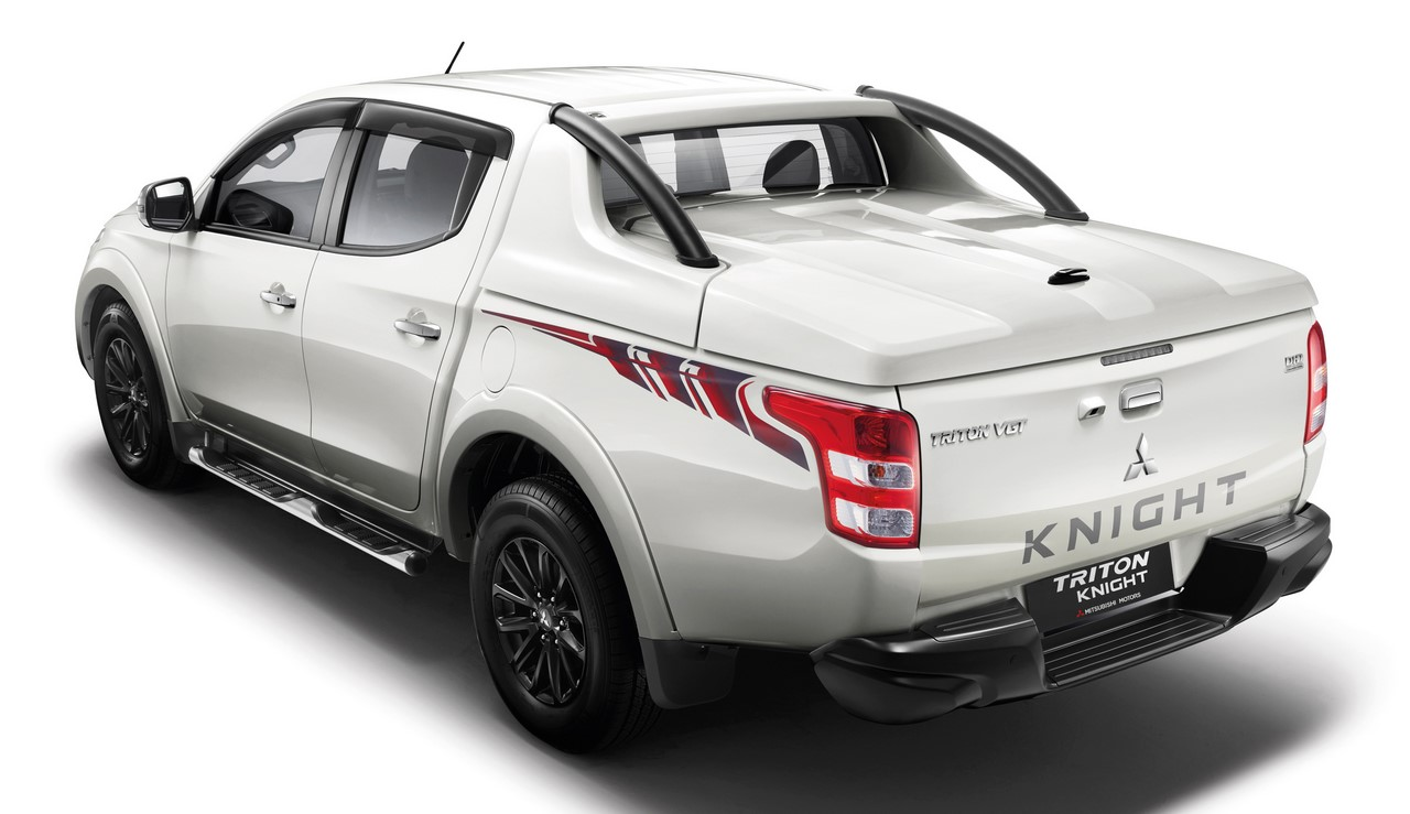 Mitsubishi Triton Knight edition rear three quarters
