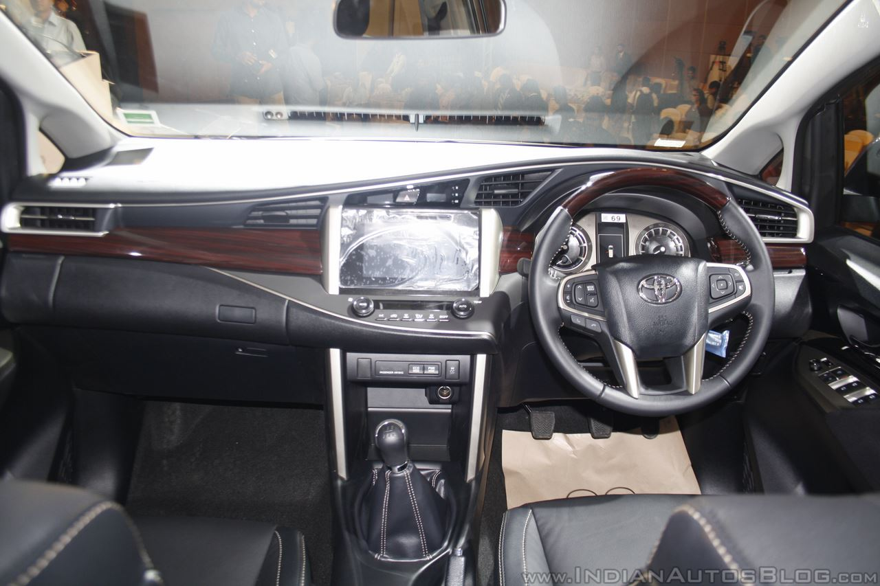 toyota innova crysta 2 4 z interior images. Black Bedroom Furniture Sets. Home Design Ideas