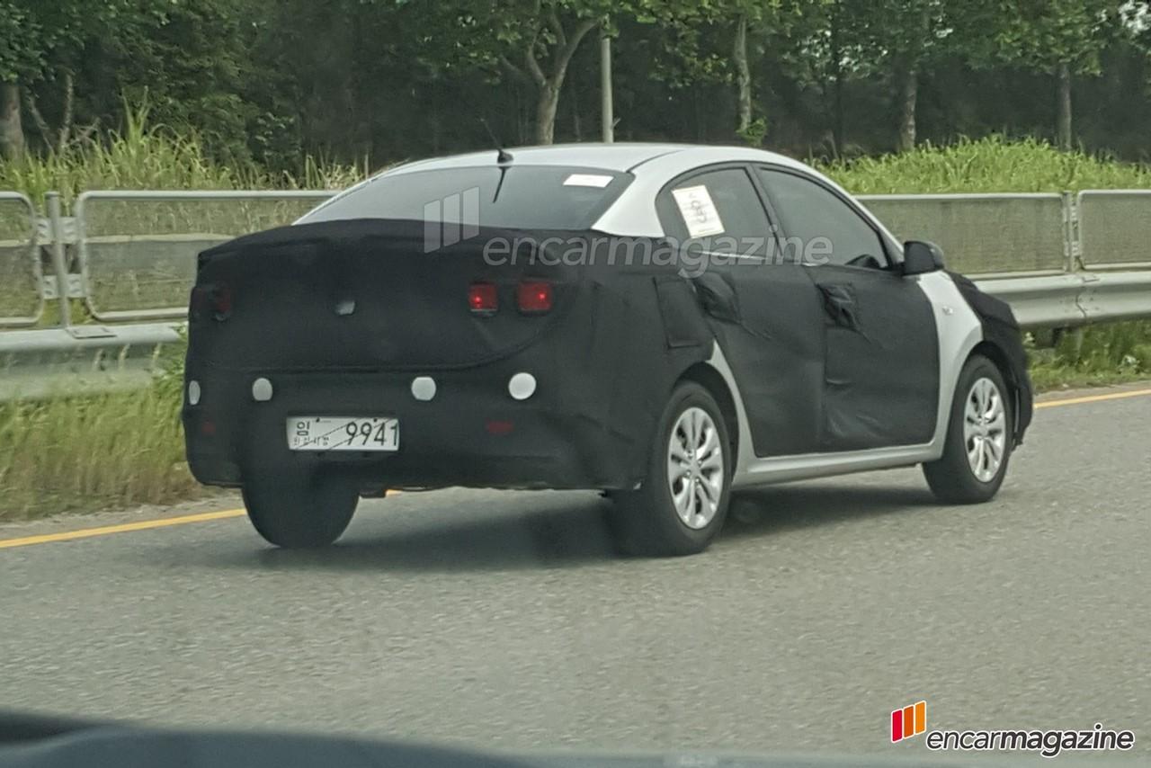 2017 Kia Rio sedan spy shot