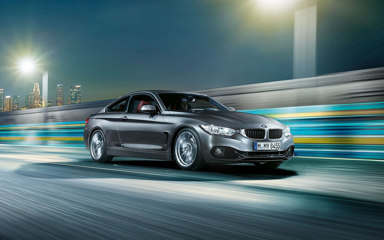 BMW 4 Series Coupe front three quarters