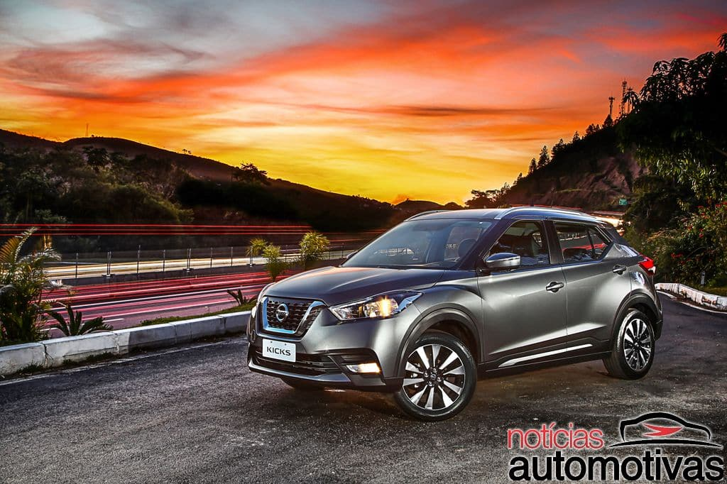 Nissan Kicks official image front three quarters left side scenic image