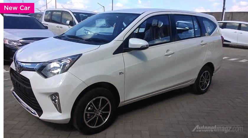 Toyota Calya side arrives at dealership