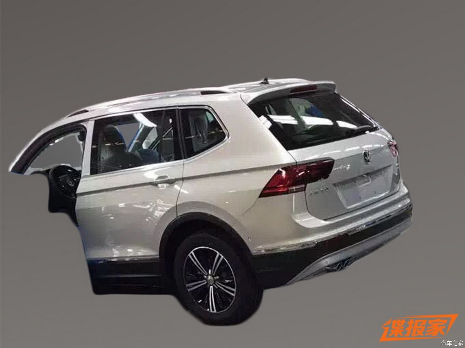 VW Tiguan XL rear three quarter spied undisguised in China