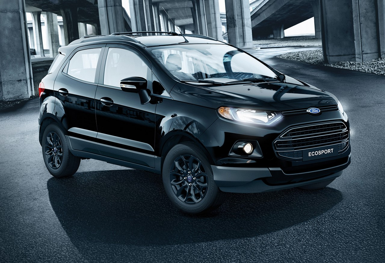 Ford EcoSport Shadow Panther Black front three quarters