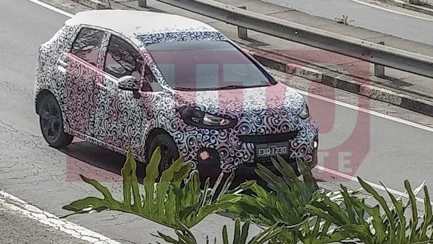 Honda WR-V front three quarters spy shot
