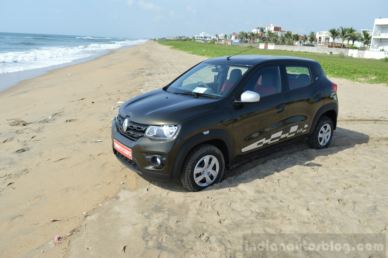 Renault Kwid 1.0 MT front three quarter First Drive Review