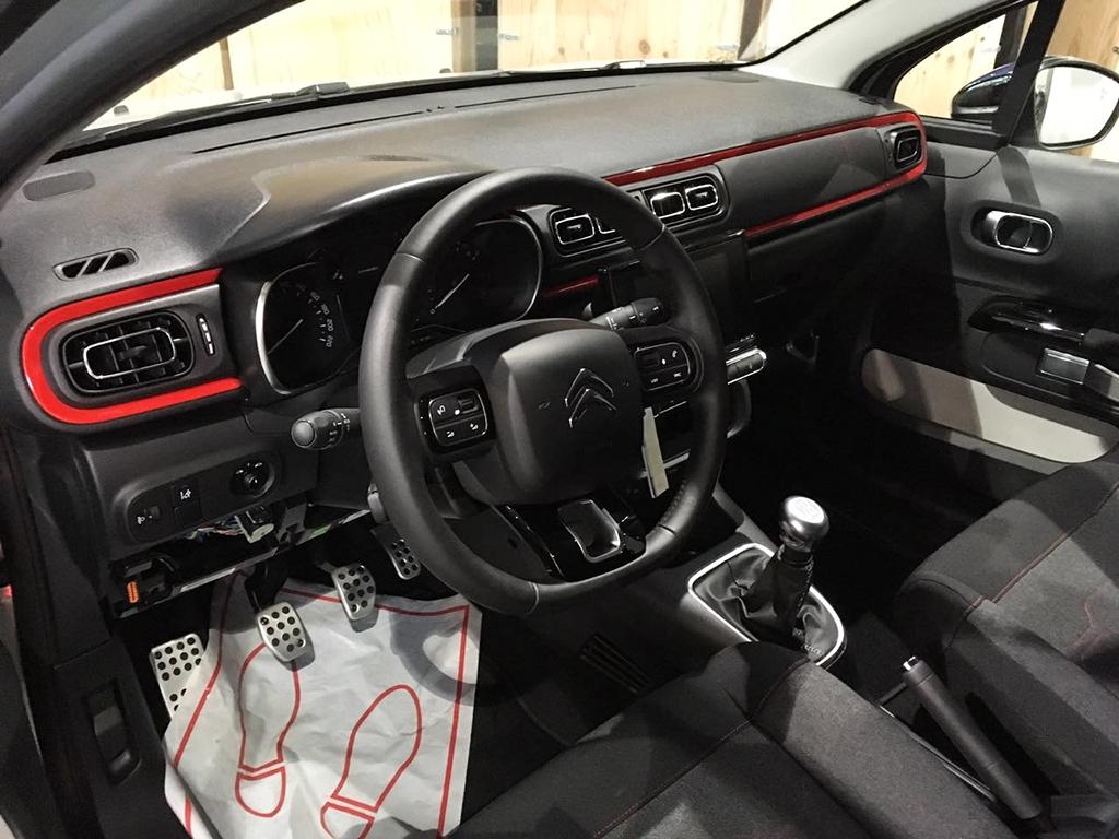 2017 Citroen C3 interior spotted