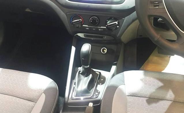 Hyundai i20 1.4 petrol AT shifter