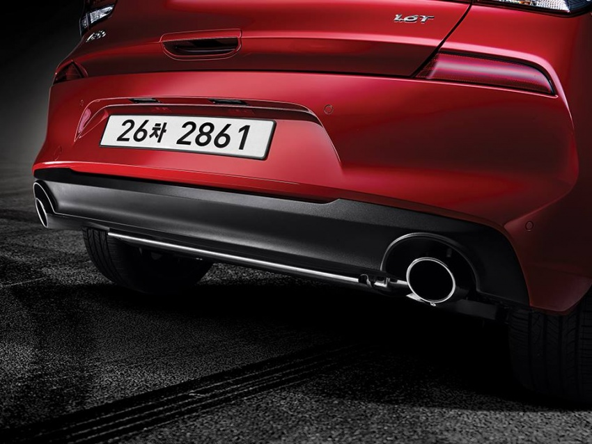Hyundai i30 exhaust pipe revealed ahead of Paris debut