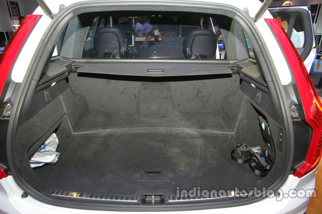 volvo xc90 excellence phev boot launched. Black Bedroom Furniture Sets. Home Design Ideas