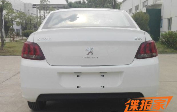 2017 Peugeot 301 (facelift) rear spy shot