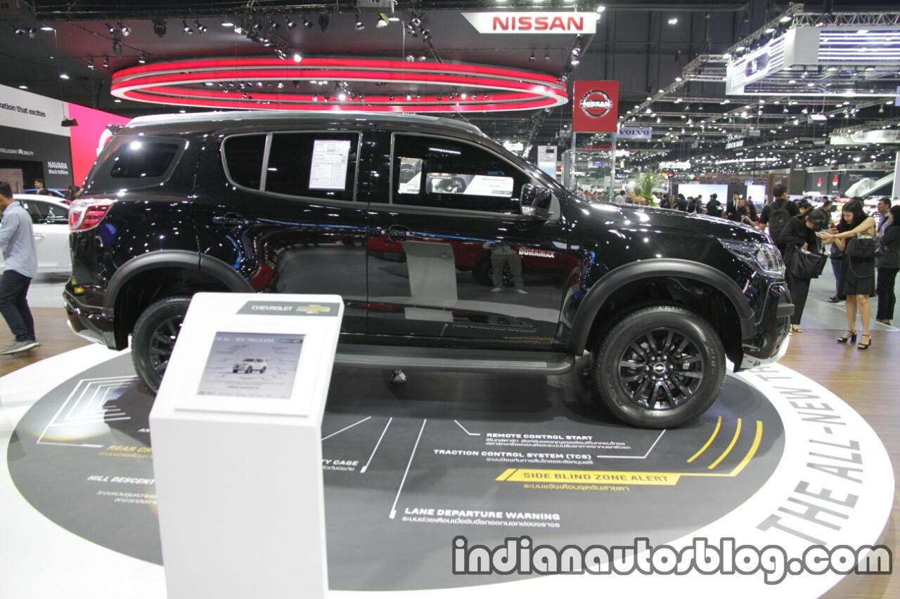 2016 Chevrolet Trailblazer Black Dress Up side at the Thai Motor Expo Live