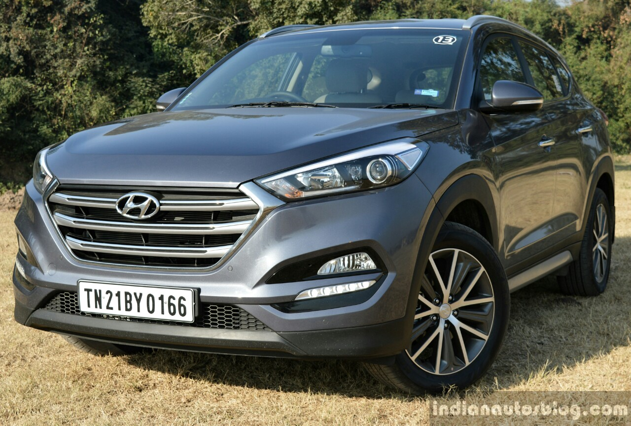 2016 Hyundai Tucson front toe in Review