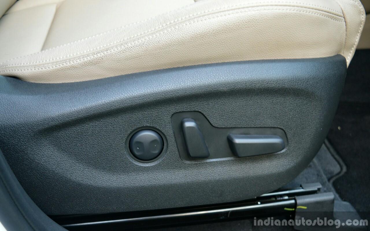 2016 Hyundai Tucson seat control Review
