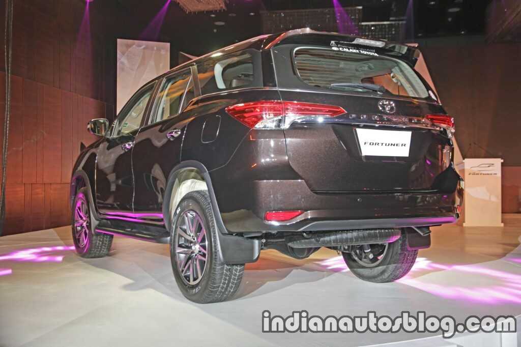 2016 Toyota Fortuner rear quarter launch live