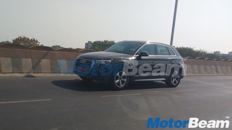 2017 Audi Q5 front three quarter spied undisguised in India