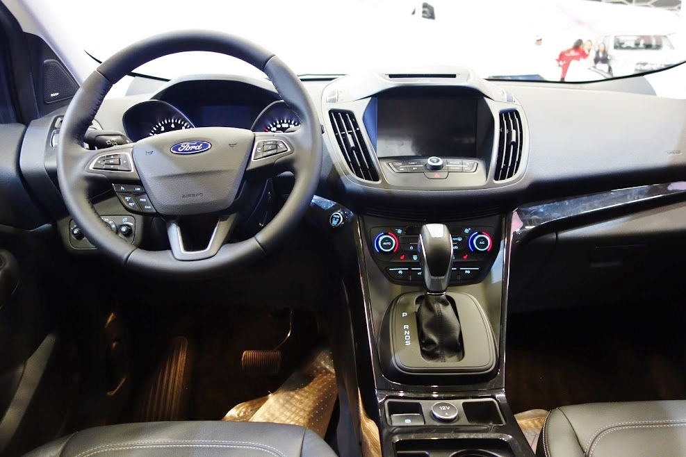 2017 Ford Escape interior at 2016 Bogota Auto Show