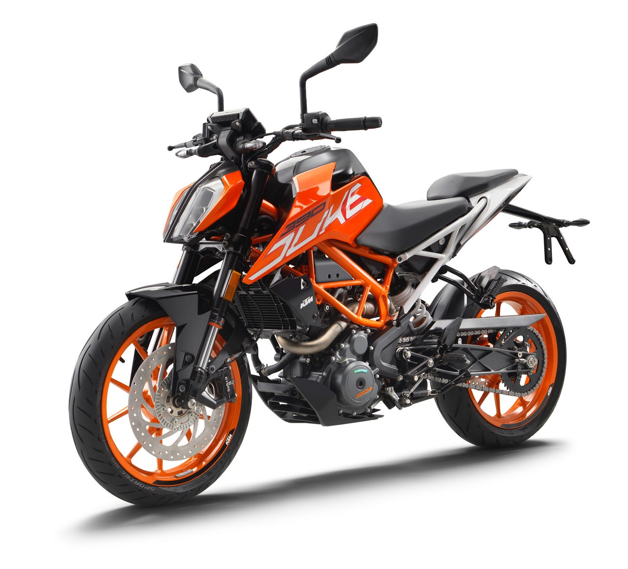 2017 KTM Duke 390 front three quarters standstill