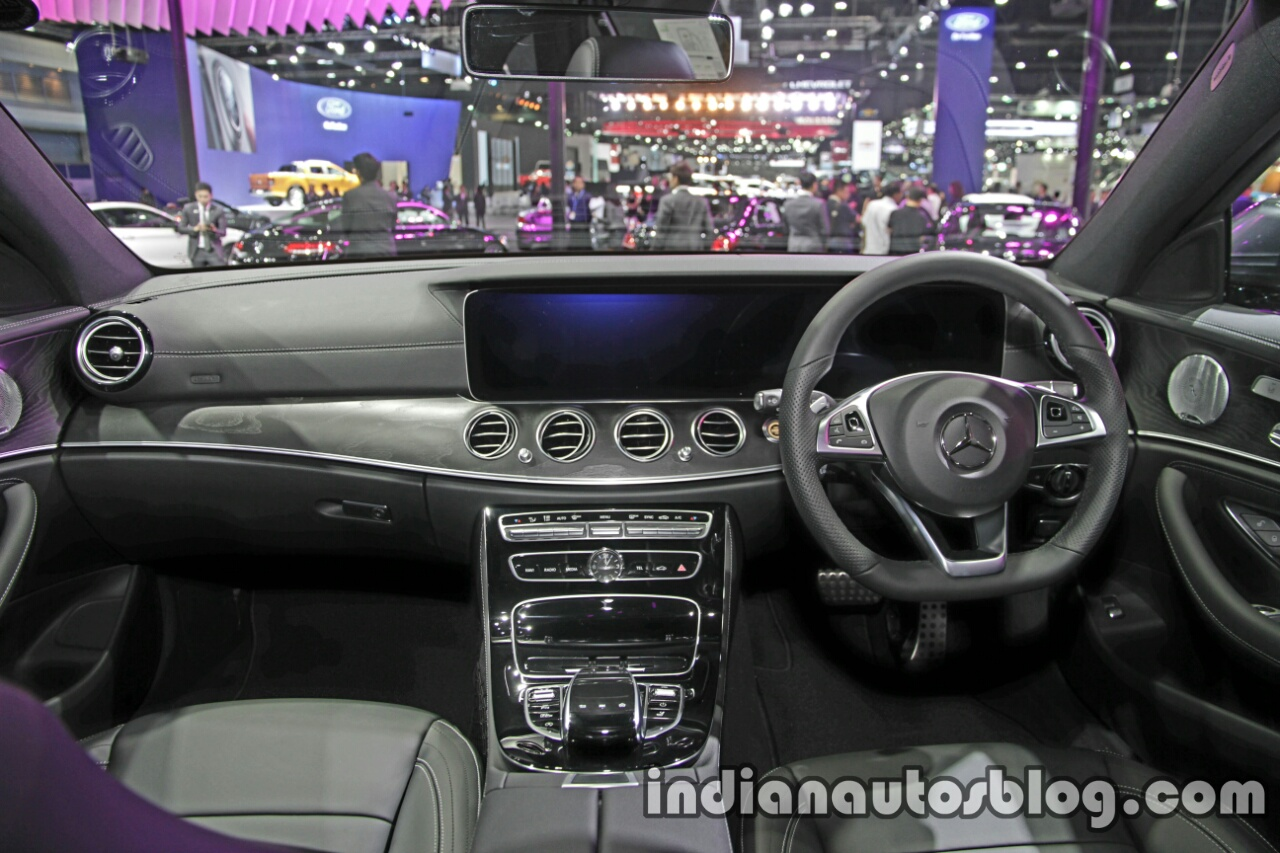 mercedes e class interior. Black Bedroom Furniture Sets. Home Design Ideas