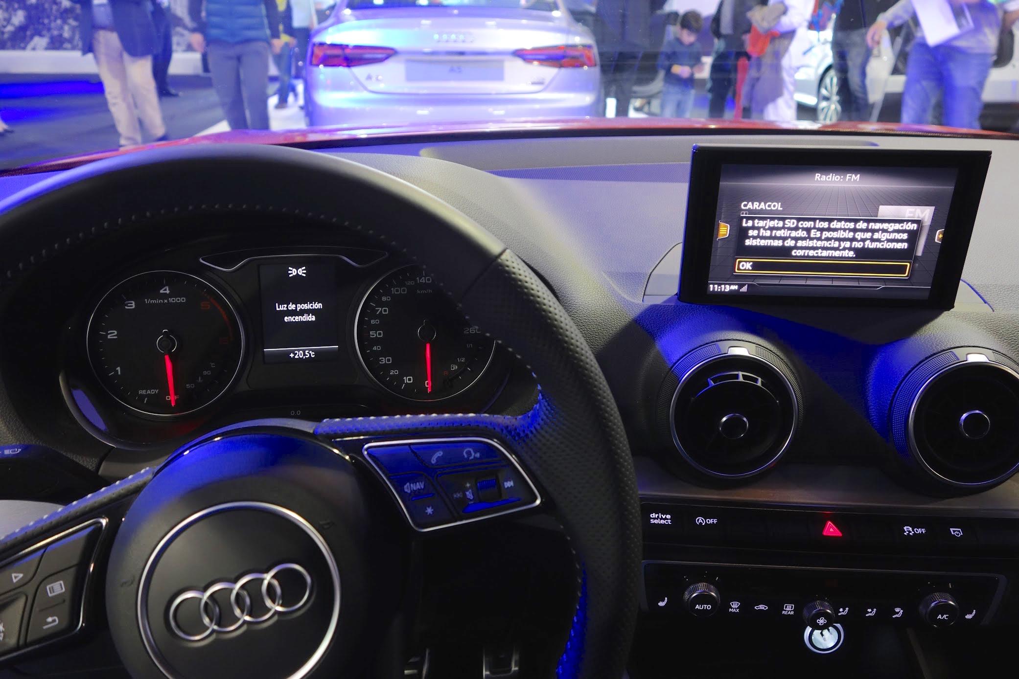 Audi Q2 MMI display at Bogota Auto Show 2016