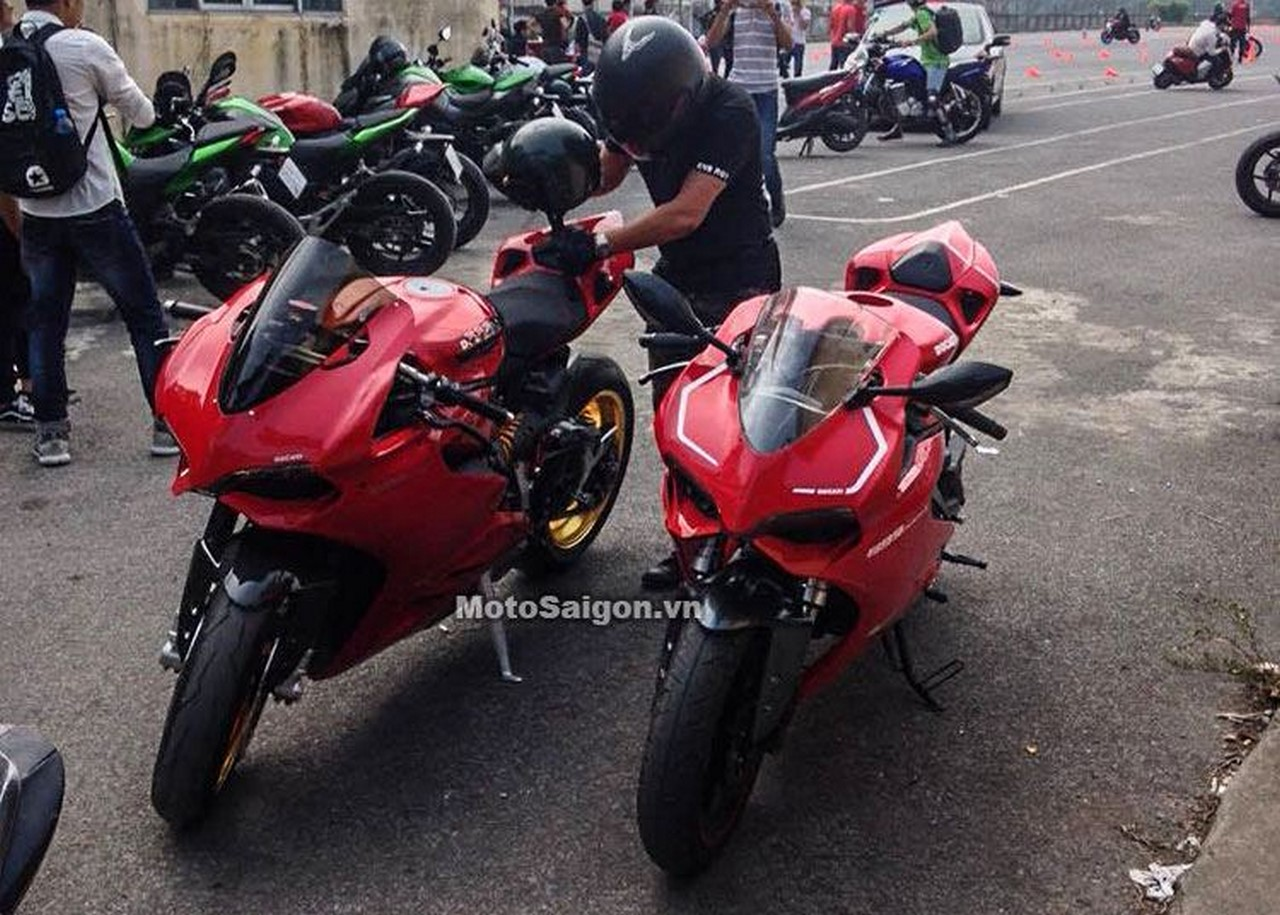 Benelli TNT 300 Ducati lookalike with Panigale 899