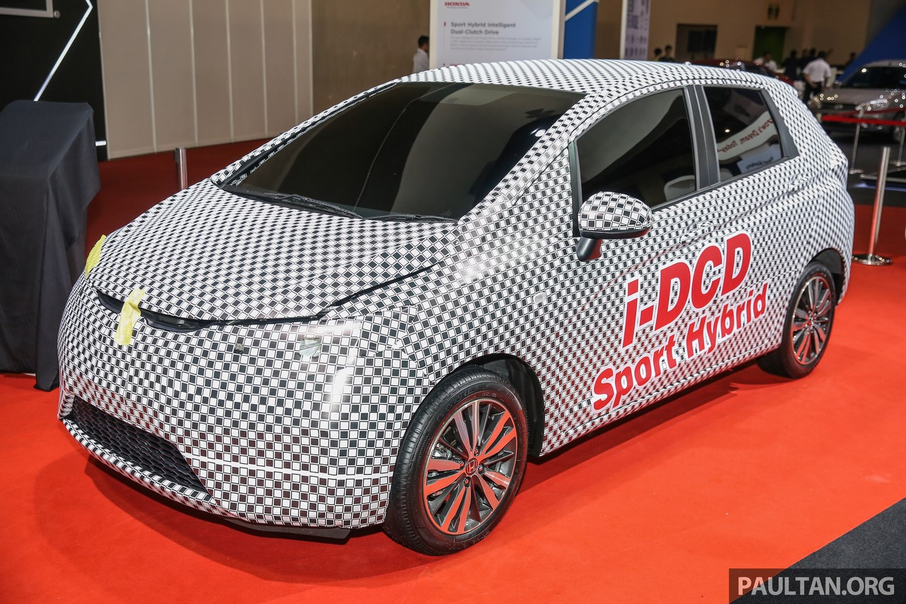 Honda Jazz Hybrid i-DCD at MIECC front three quarters