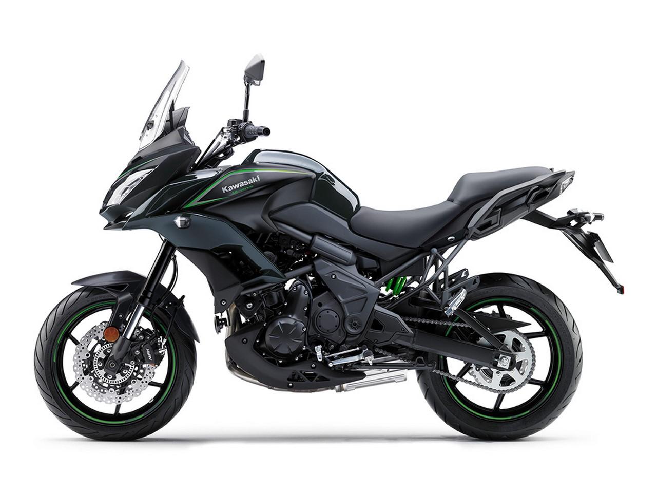 Kawasaki Versy 650 black 2017 side left