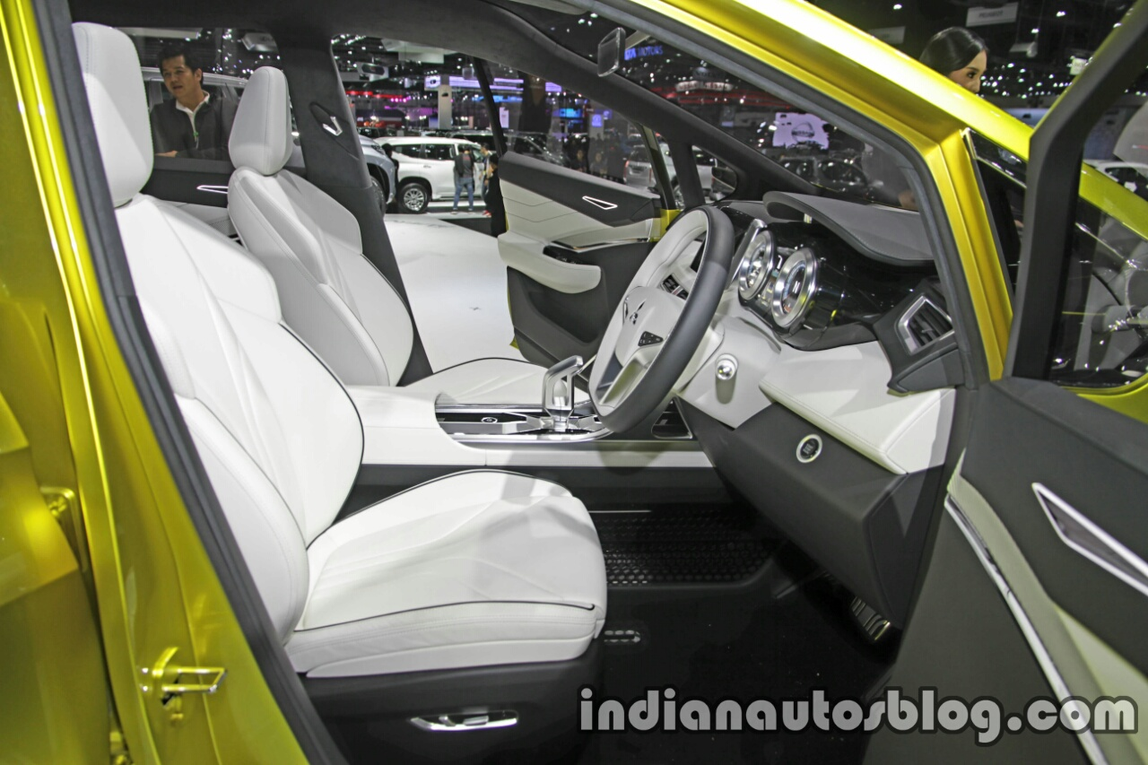 Mitsubishi XM Concept front cabin at the Thai Motor Expo