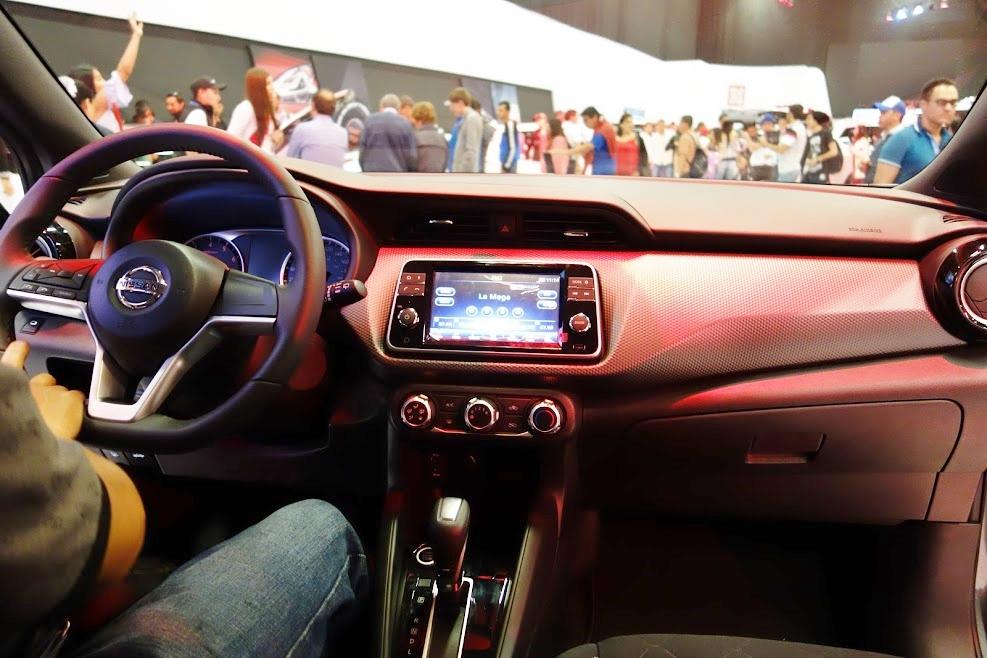 Nissan Kicks dashboard at 2016 Bogota Auto Show