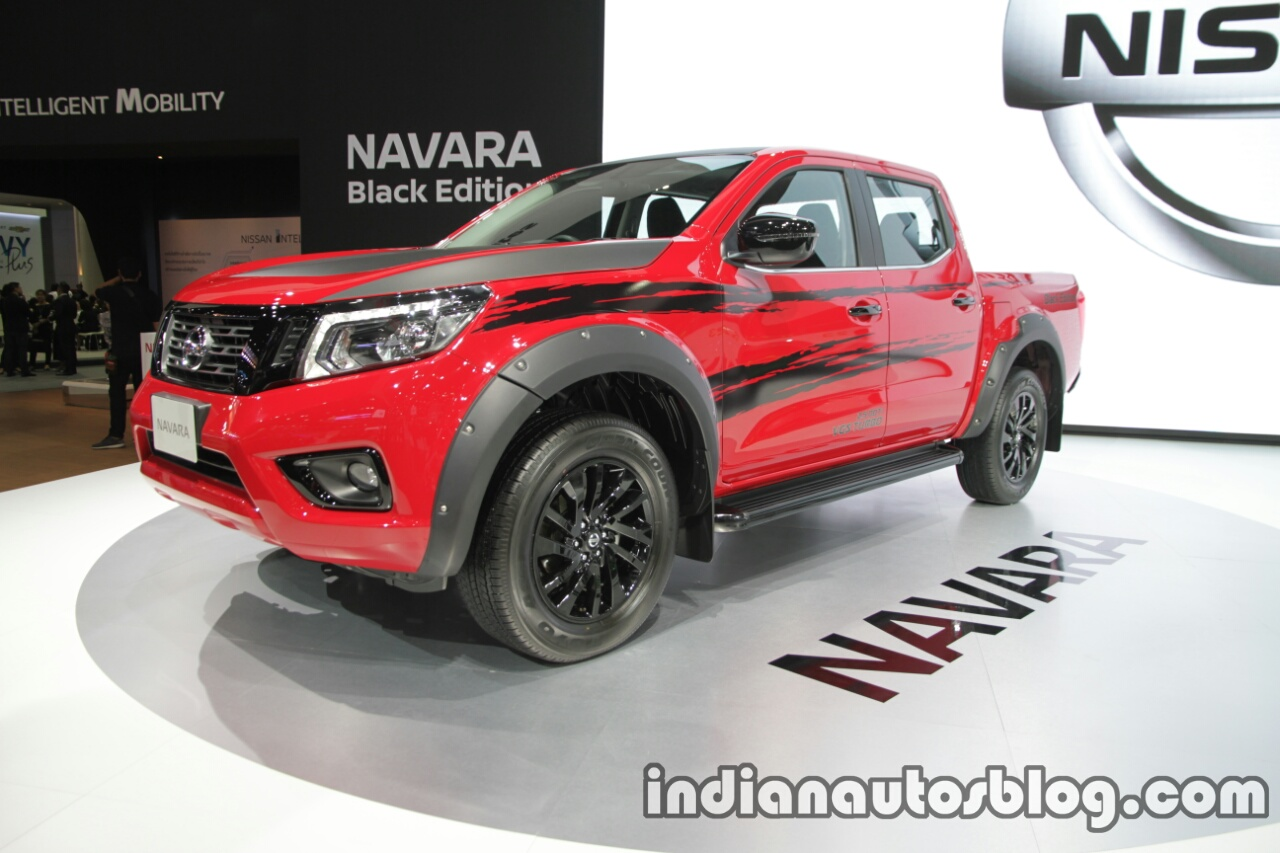 Nissan Navara Black Edition front three quarters left side at 2016 Thai Motor Expo