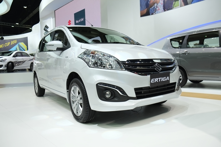 Suzuki Ertiga GX front at the 2016 Thai Motor Expo Live
