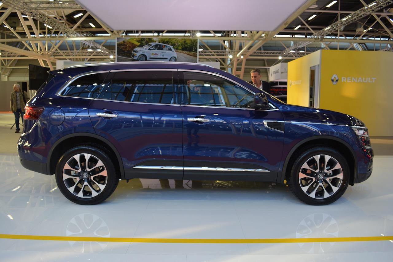 2016 Renault Koleos profile at 2016 Bologna Motor Show