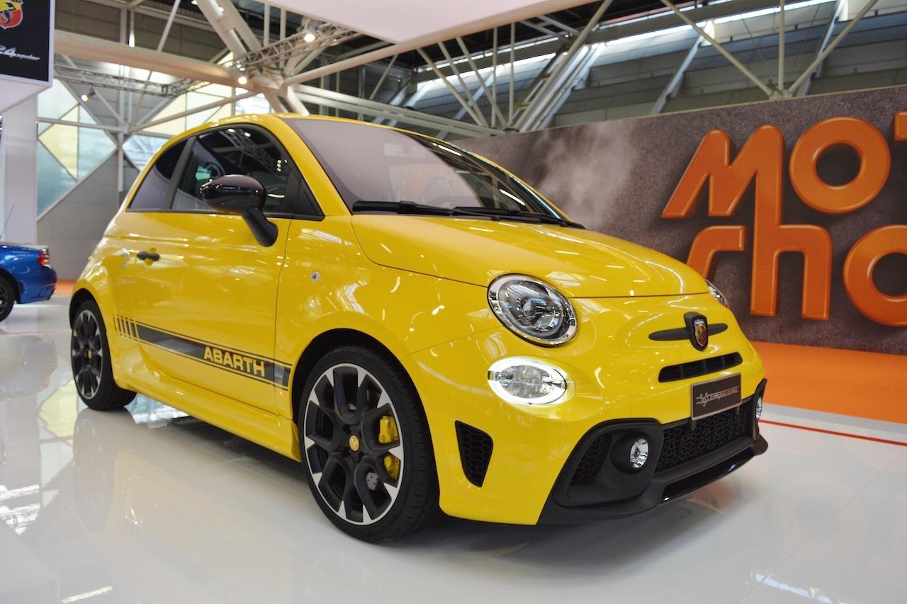 Abarth 595 Competizione front three quarters at 2016 Bologna Motor Show