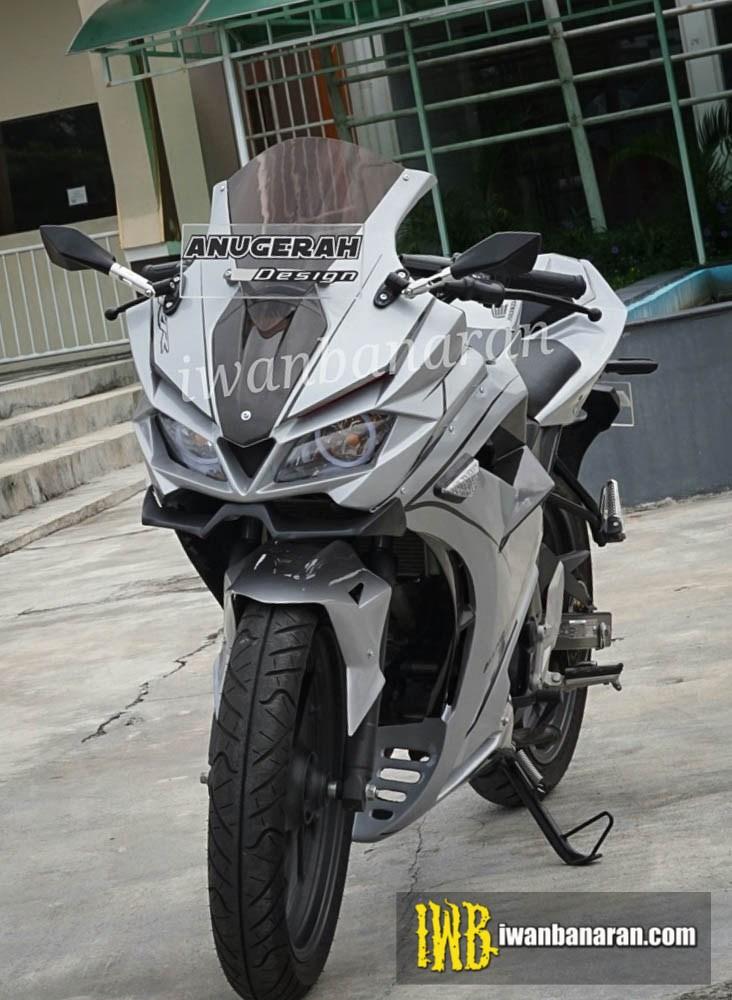 Honda CBR150R modified front