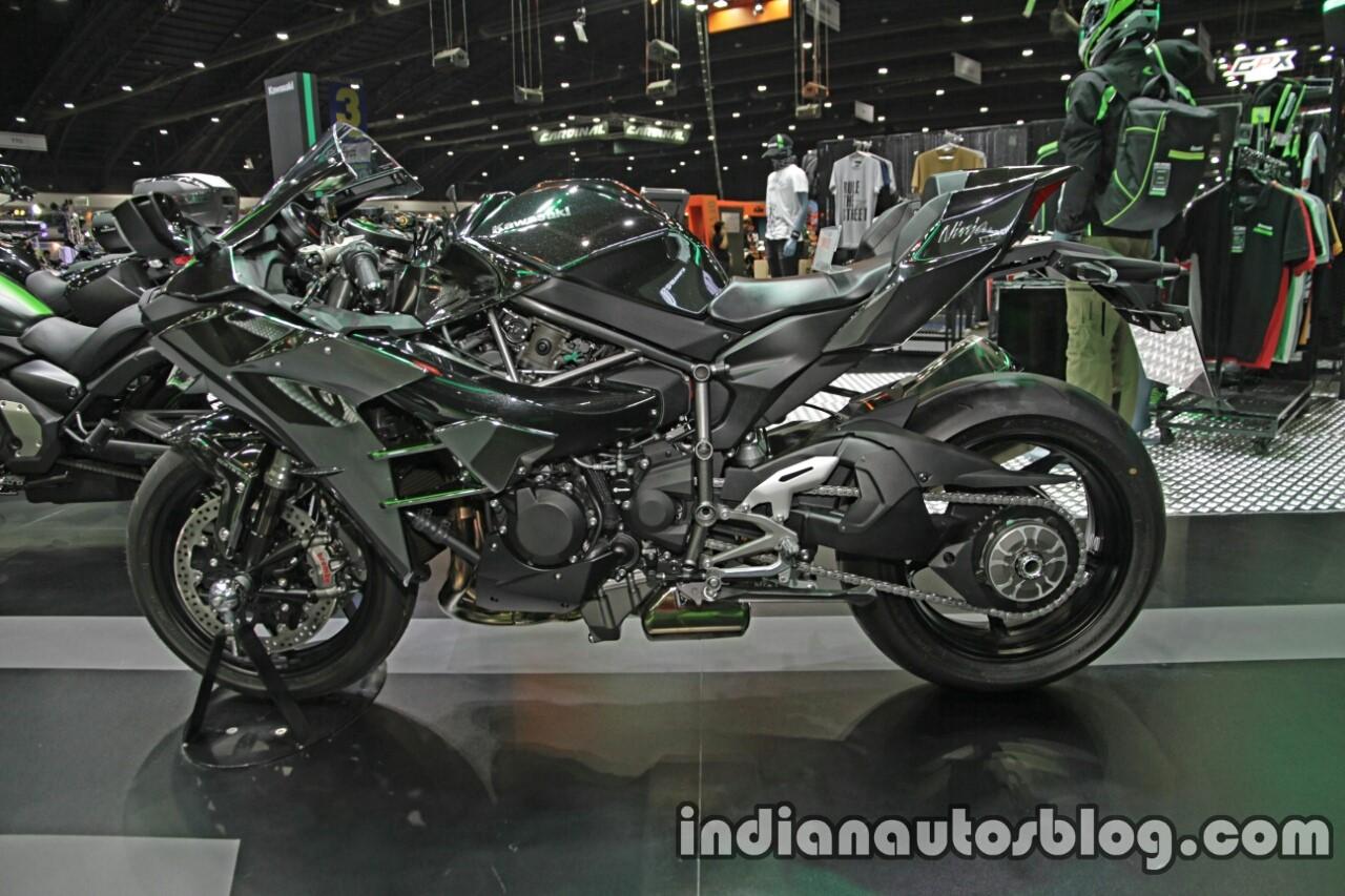 Kawasaki Ninja 300 Ninja 650 Kawasaki H2 Motor Expo Live